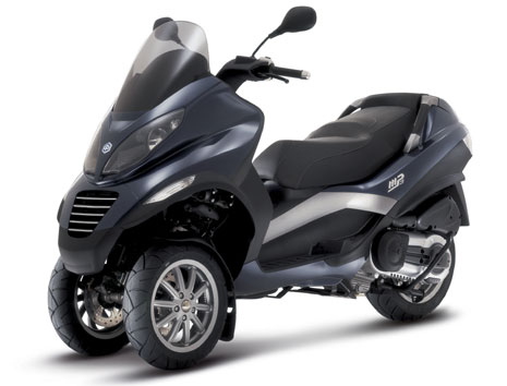 piaggio mp3 125 avis et valuation du scooter piaggio mp3 125. Black Bedroom Furniture Sets. Home Design Ideas
