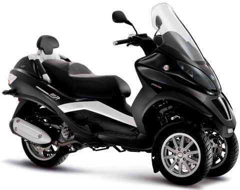 piaggio mp3 400 lt avis et valuation du scooter piaggio mp3 400 lt. Black Bedroom Furniture Sets. Home Design Ideas