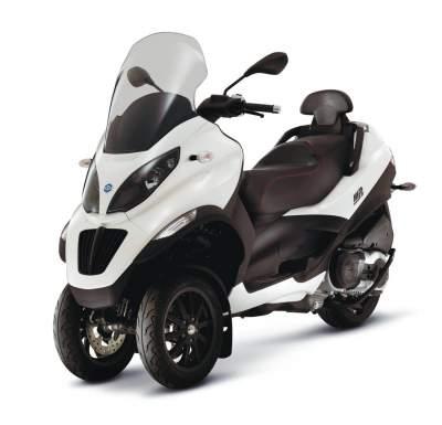 piaggio mp3 400 lt sport avis et valuation du scooter piaggio mp3 400 lt sport. Black Bedroom Furniture Sets. Home Design Ideas